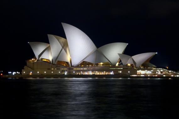 Wojtek Gurak - Sydney Opera designed by Jorn Utzon