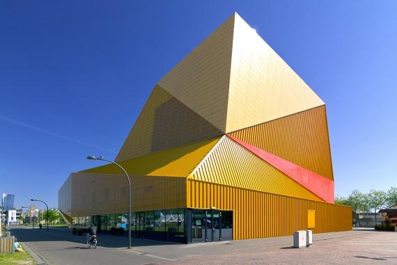 Wojtek Gurak - Agora Theatre Lelystad designed by UNStudio
