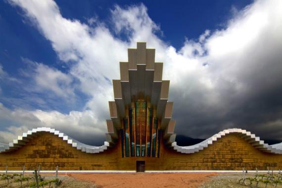 Wojtek Gurak - Ysios Wineyard Laguardia designed by Santiago Calatrava